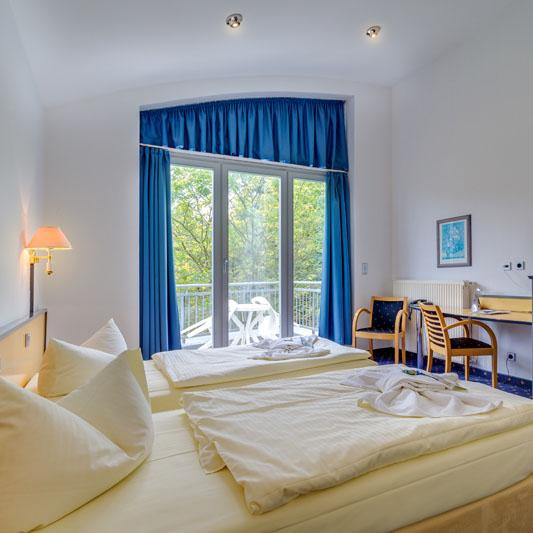 5-Tage-Urlaub-fuer-2-Pers-Ferien-Hotel-Lewitz-Muehle-inkl-Halbpension-Pool-Sauna Indexbild 5